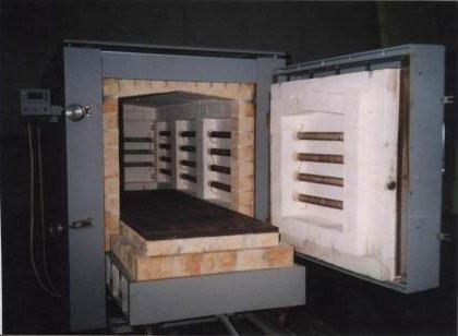 Печь с выдвижным подом для обжига керамики