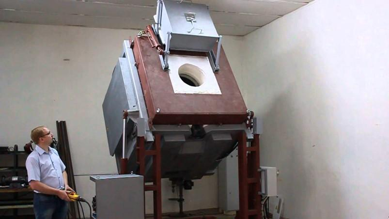 Индукционная печь для плавки металлов